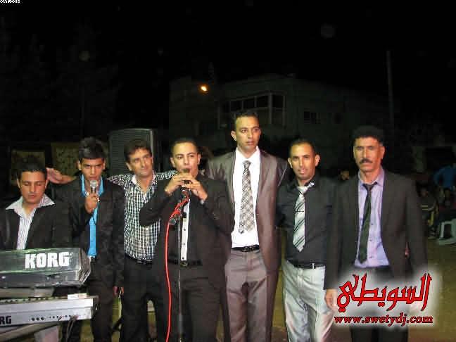 محمود السويطي و علي ابو عبيد و وضاح السويطي و مدين طباش حفلة كارم ياسين عانين صور